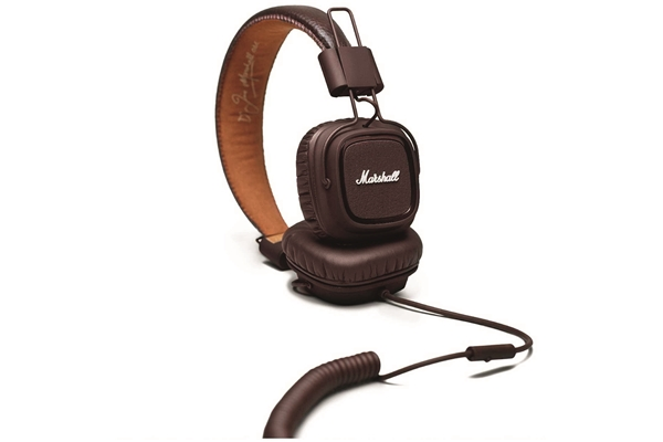 Marshall Headphones lifestyle - Major Brown