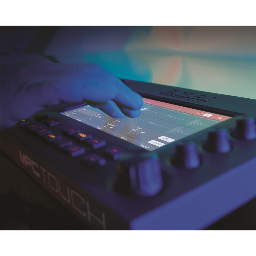 MPC TOUCH: MIDI USB CONTROLLER CON INTERFACCIA AUDIO E SCHERMO MULTI-TOUCH DA 7
