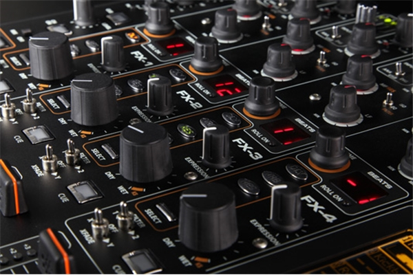 Allen & Heath - XONE:DB4
