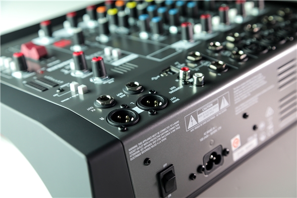 Allen & Heath - ZEDi-10