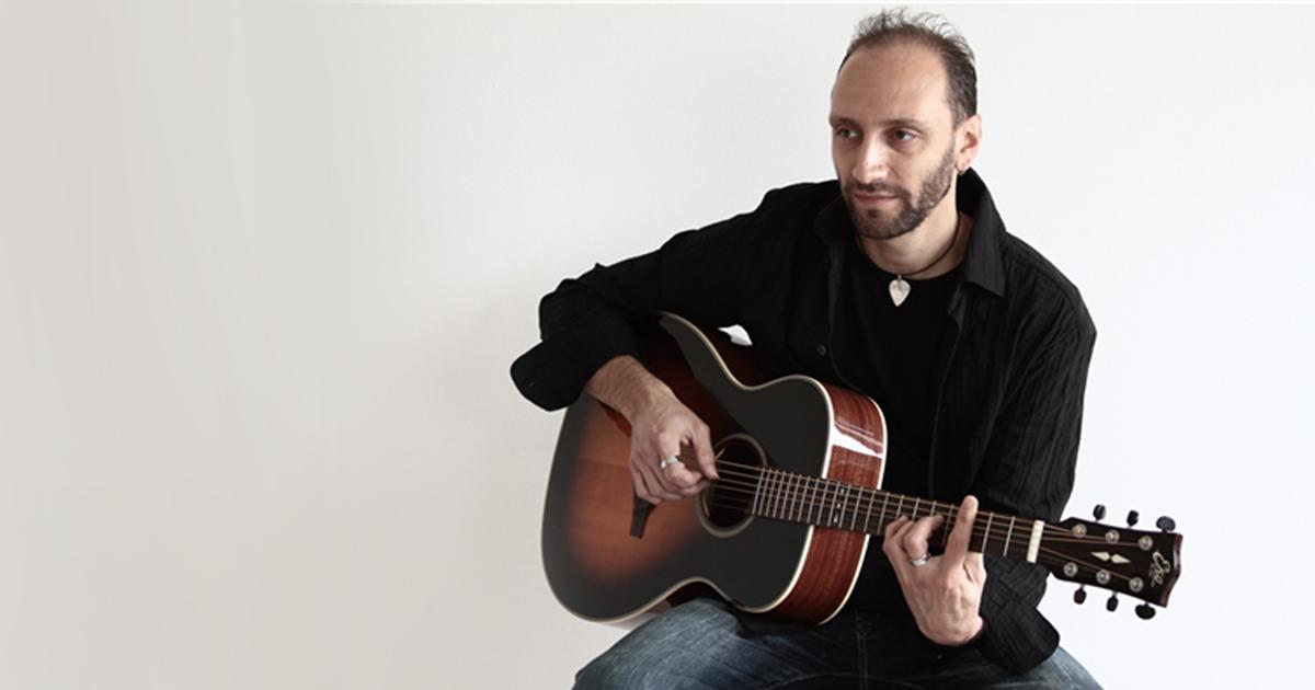 Massimo-Pancrazi-Eko-Guitars
