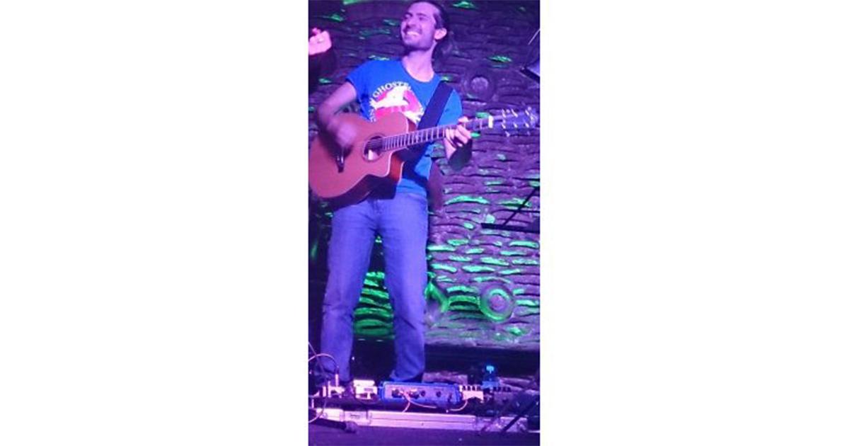 Matteo-Bottini-Eko-Guitars