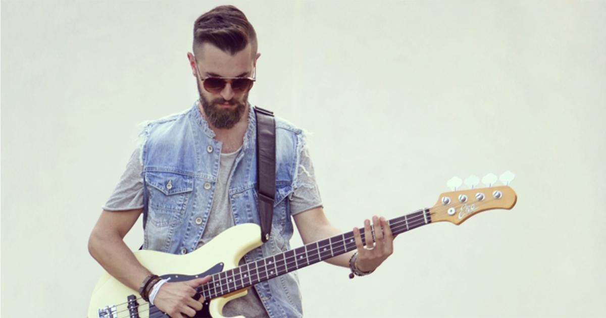 Matteo-Marinelli-Eko-Guitars