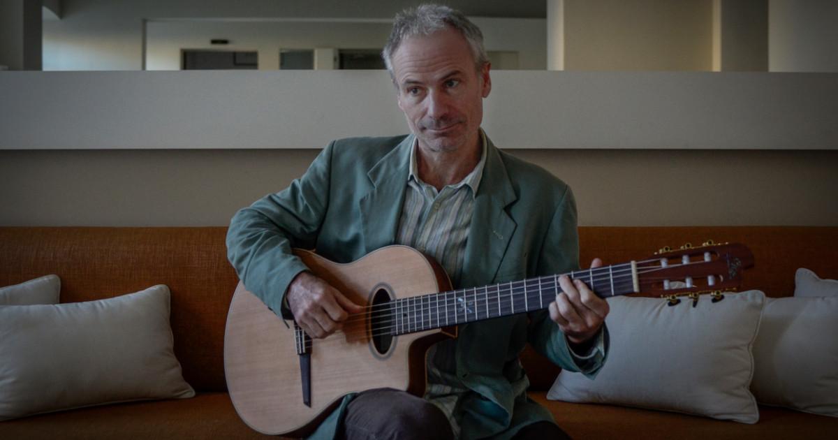 Paolo Mari è un endors per Eko Guitars
