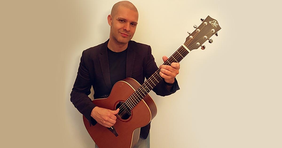 Riccardo-Bertuzzi-Eko-Guitars