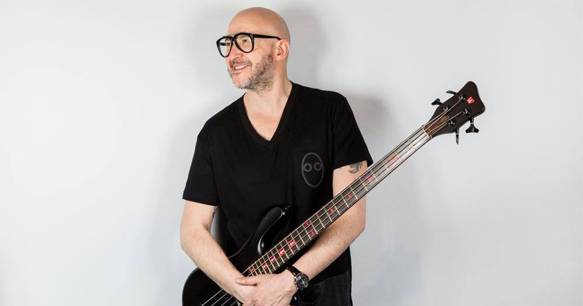Saturnino-Celani-Music Man-Warwick-Aguilar
