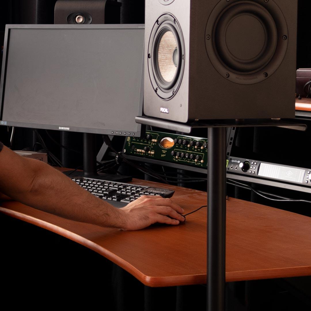 supporto per casse per home recording studio quik lok BS402
