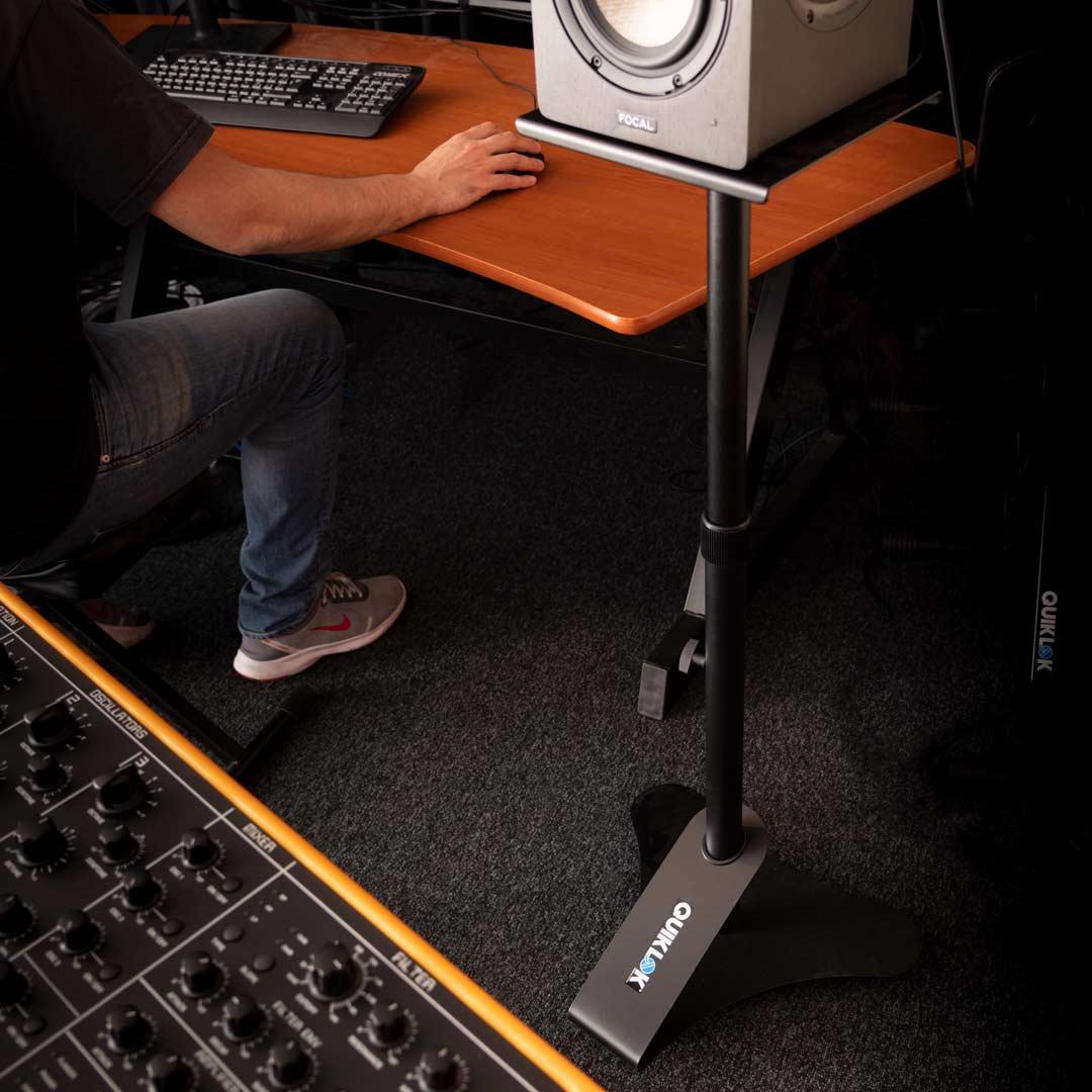 stand per nearfield monitor